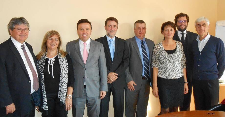 28 présidents des syndicats patronaux affiliés à la Fedem ont reçu Stéphane Valeri, conseiller de gouvernement - ministre des Affaires sociales et de la Santé, et Pascale Pallanca, directeur du Travail.