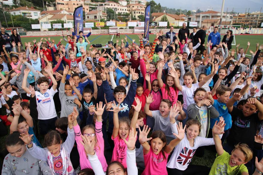 Le stade Decazes a fait le plein de jeunes handballeurs. (DR)