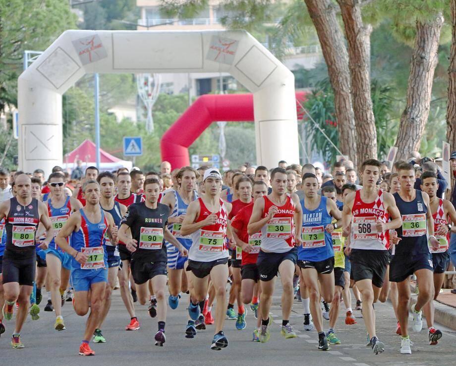 406 participants, de tous âges et niveaux, ont pris le départ, cette année, du 40e Cross du Larvotto.