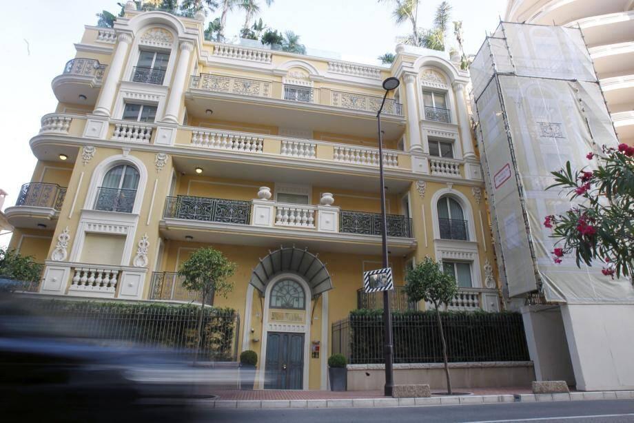 C'est dans un appartement de cet immeuble de la principauté que le coffre-fort, qui n'était pas scellé, a été volé à la mi-août.