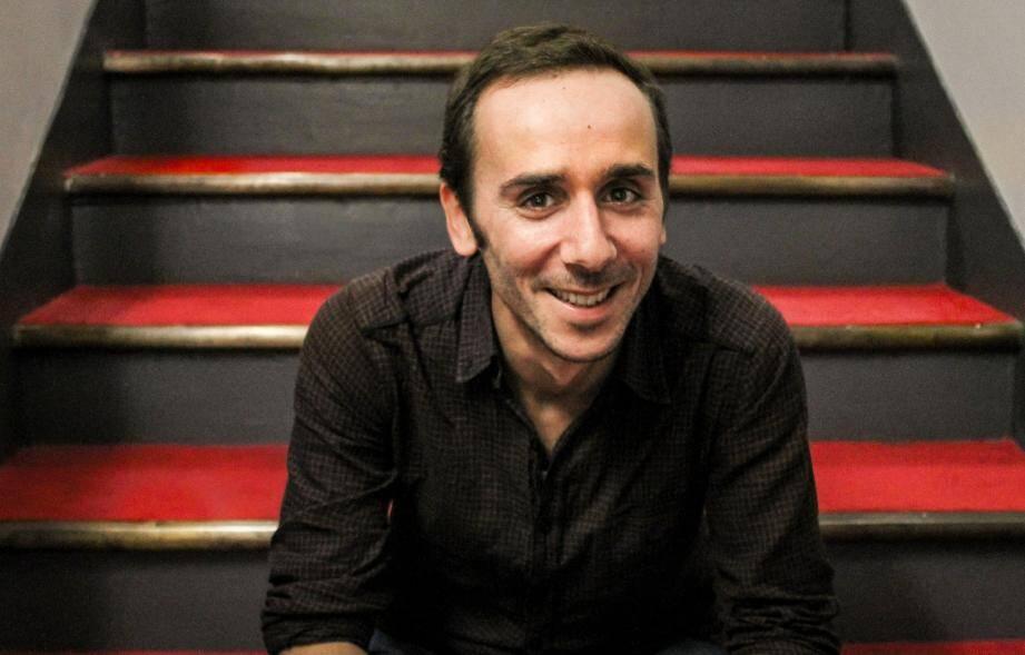 Jean Franco retrouvera le public villeneuvois pour sa pièce « Un Week-end sur deux et la moitié des vacances scolaires ». (D.R.)