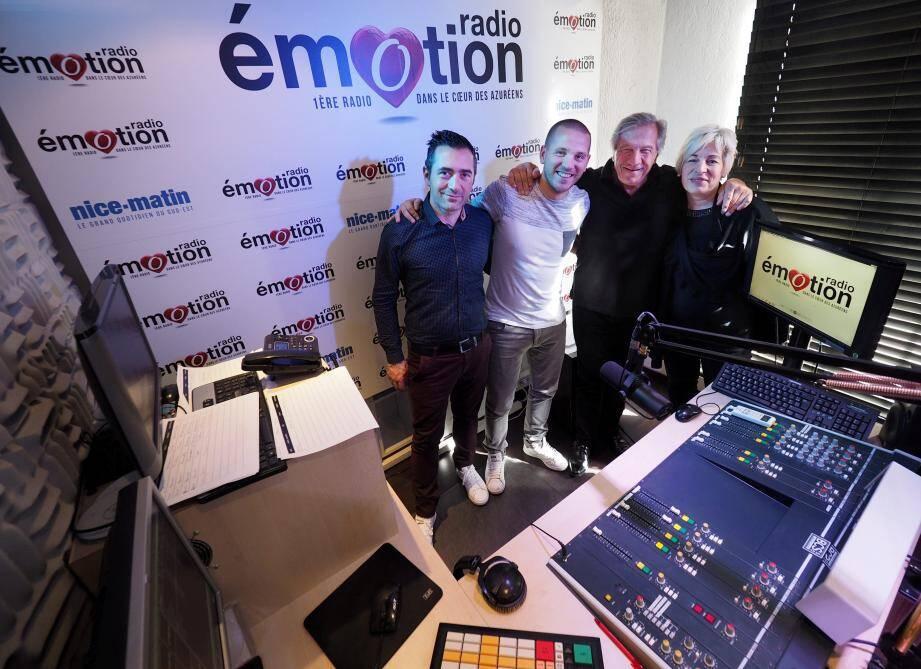 Une partie de l'équipe de Radio Emotion, dans ses locaux du centre-ville niçois.