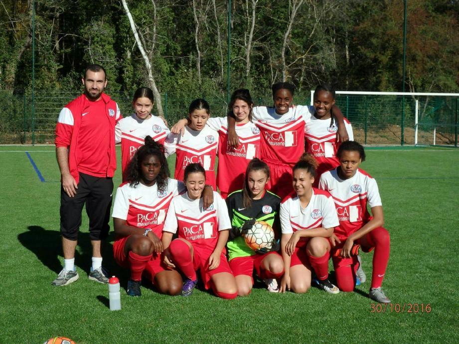 L'équipe de foot féminine du Sporting club de Mouans-Sartoux. (DR)