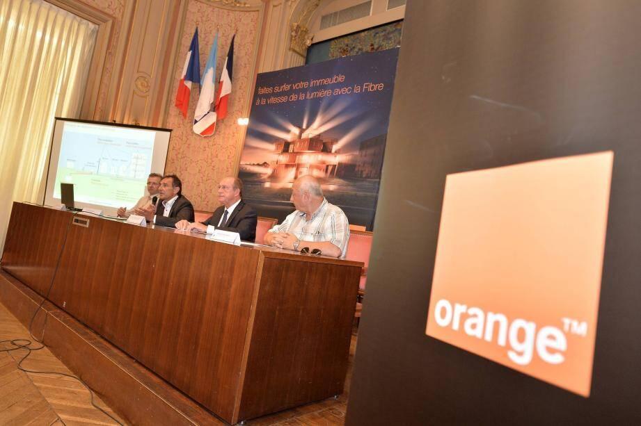 Après un premier partenariat avec Orange, c'est l'opérateur Free qui s'engage désormais auprès de Menton.