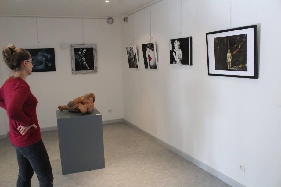 Photographes et peintres ont uni leurs œuvres pour une exposition commune.