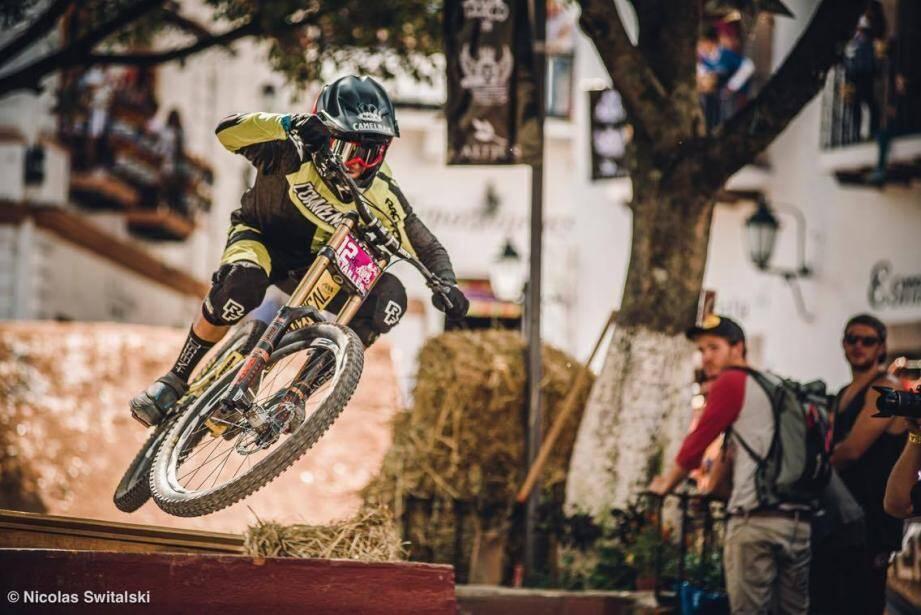 Remy Métailler en route vers la 5e place dans les ruelles de Taxco.