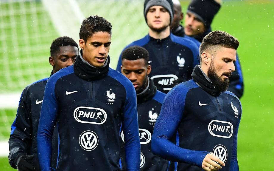 Les Bleus (ici, Dembélé, Varane, Lemar, Rabiot et Giroud) ont un dernier défi à relever en 2016.