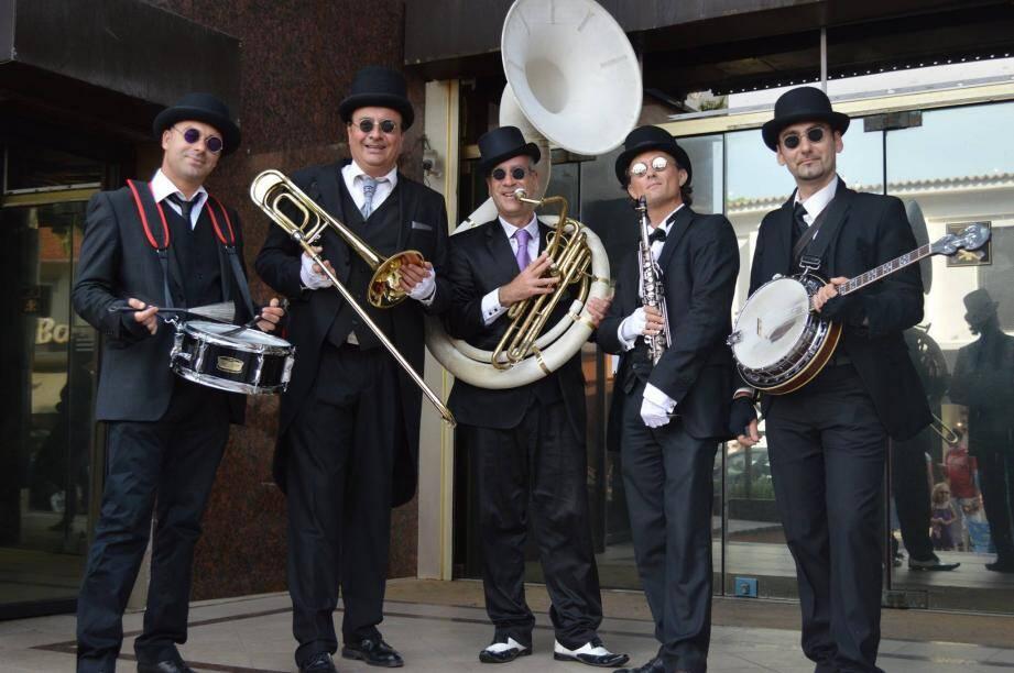 Soubassophone, saxophone soprano, trompette et banjo, le Newscat jazz New Orleans va nous entraîner dans un voyage musical à bord du nouveau tram !(DR)