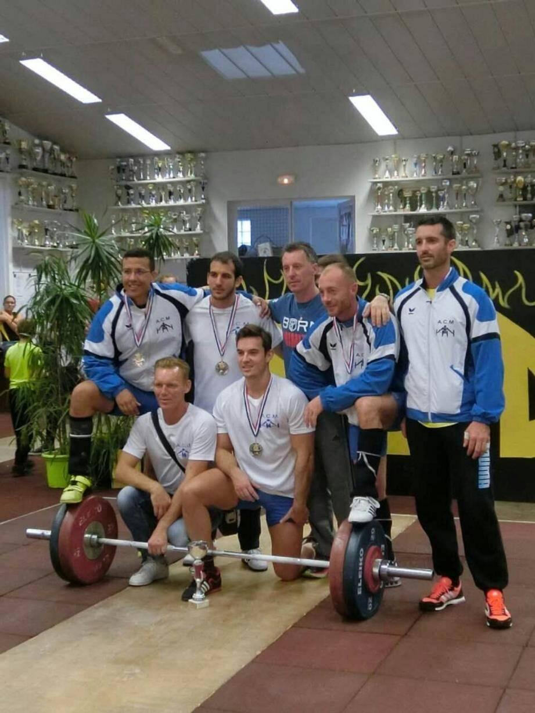 Les haltérophiles mentonnais convoitent la première place du championnat régional. (DR)