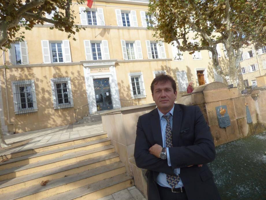 Marc-Etienne Lansade (FN) n'a plus le droit à l'erreur pour conserver sa mairie.