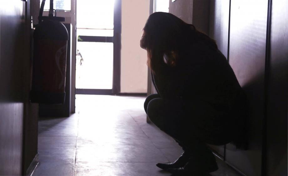 216 000 femmes sont victimes de violences dans un cadre conjugal en France.