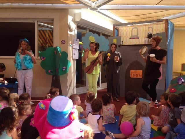 Comme ici, aux Moussaillons, les spectacles ont été réalisés par le personnel des établissements de la petite enfance. (DR)