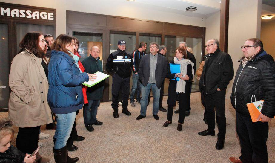 Pas de zone tampon entre une ZAC dépourvue de schéma directeur d'aménagement et les nouvelles résidences des Plans. Les habitants des «Vergers» ont répété lundi aux élus leurs attentes...