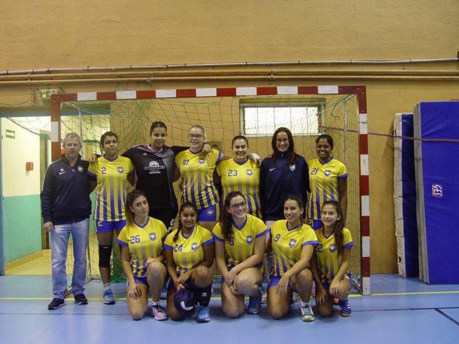 L'équipe senior féminine du Handball Club de Beausoleil a remporté la victoire.