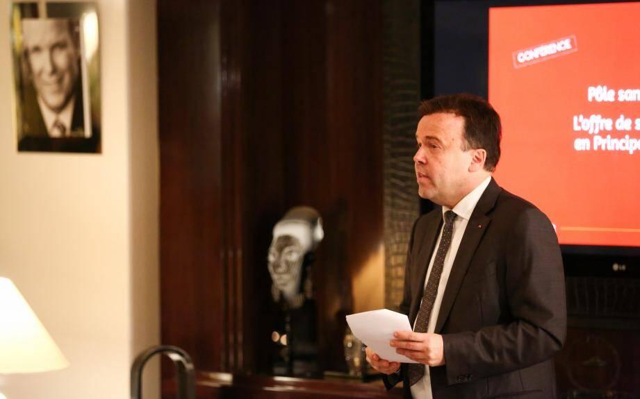 Stéphane Valeri a expliqué aux résidents étrangers et monégasques que la santé publique était une priorité à Monaco.