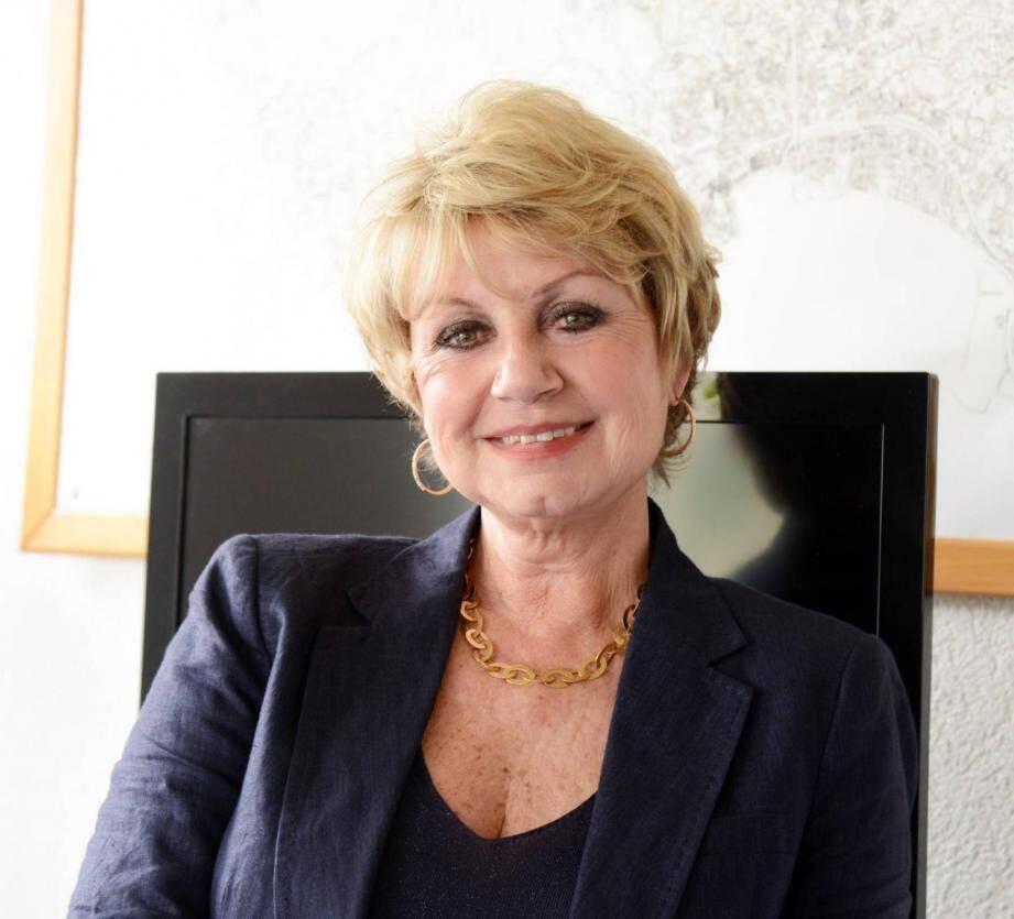 L'avocate et élue cannoise, Chantal Azémar-Morandini, doit être déférée ce matin au palais de justice de Grasse.