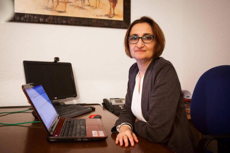 Pascale, 50 ans, a lancé son agence de traduction à Nice.