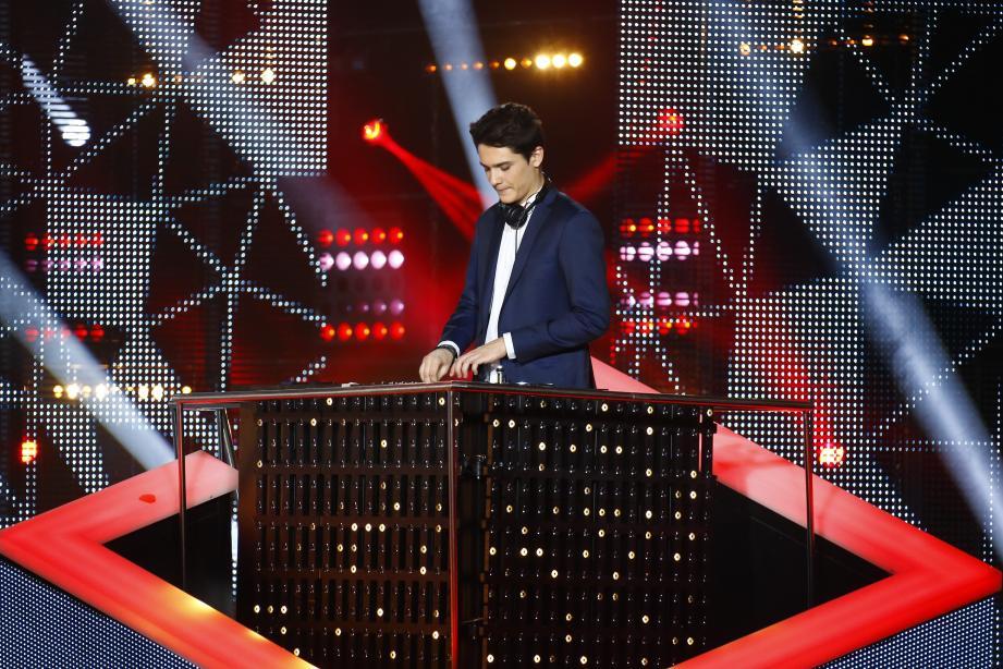 Kungs aux NRJ Music Awards, en 2016.