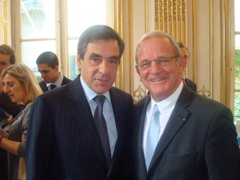 """Selon Jean-Pierre Leleux, François Fillon """"a la capacité"""" à rassembler toute la famille de la droite."""