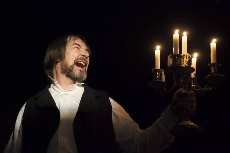 Eric Fardeau joue Le Horla dans une mise en scène d'Anne Sophie Tiezzi à Antibea.(DR)