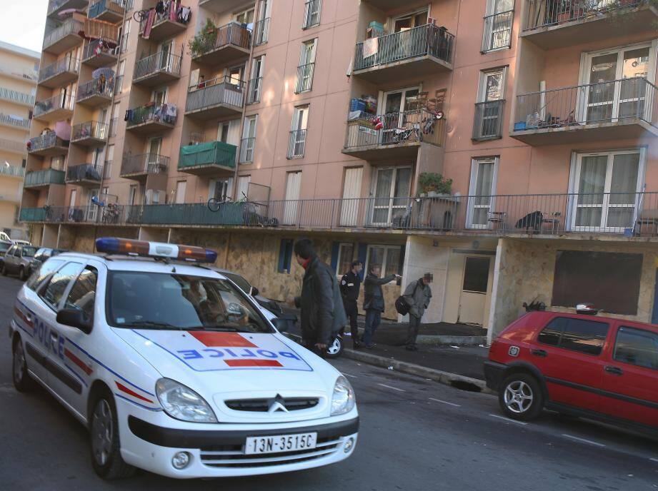 C'est dans le quartier de L'Ariane que Nadir Lamrini, 20 ans, a perdu la vie en 2015. Depuis les tensions restent vives entre deux clans rivaux.