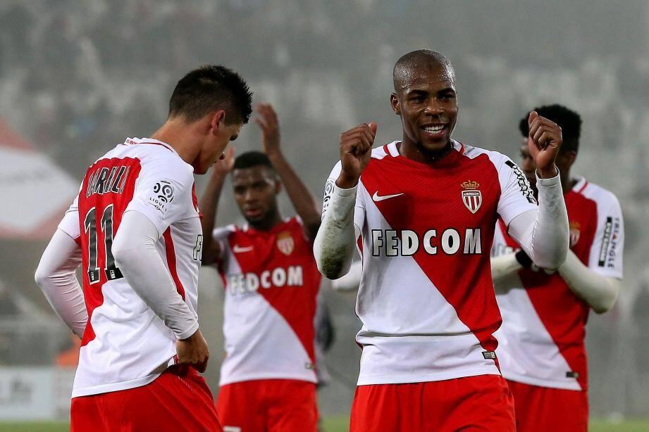 Djibril Sidibé et Monaco avancent à une vitesse folle en Ligue 1.