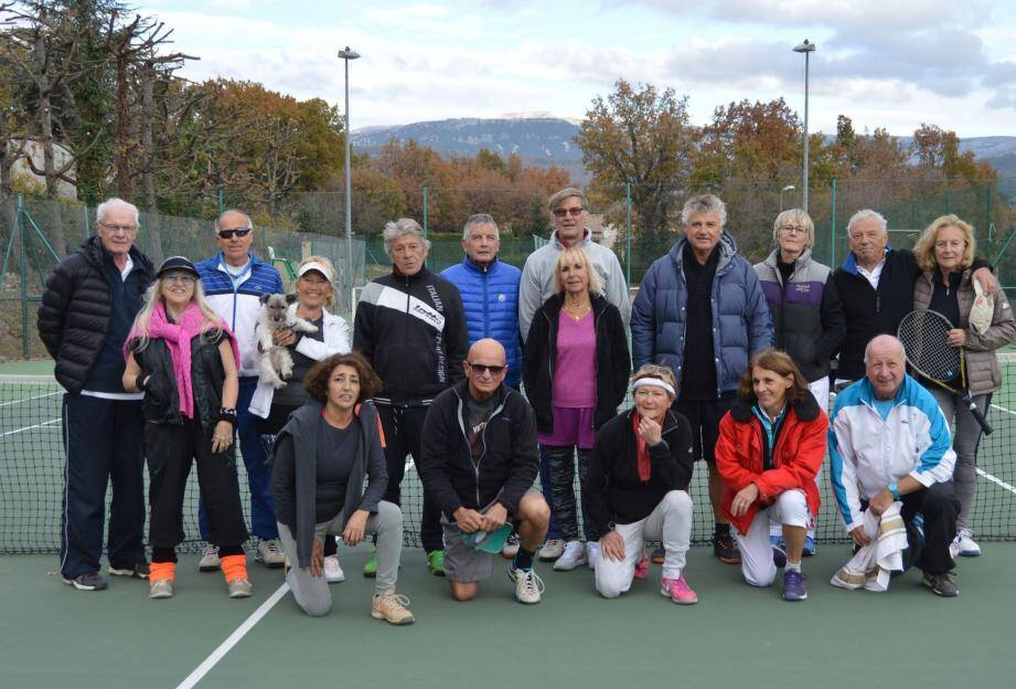 La bonne humeur et la sportivité règnent lors des rencontres organisées pour les seniors en partenariat avec les clubs amis.