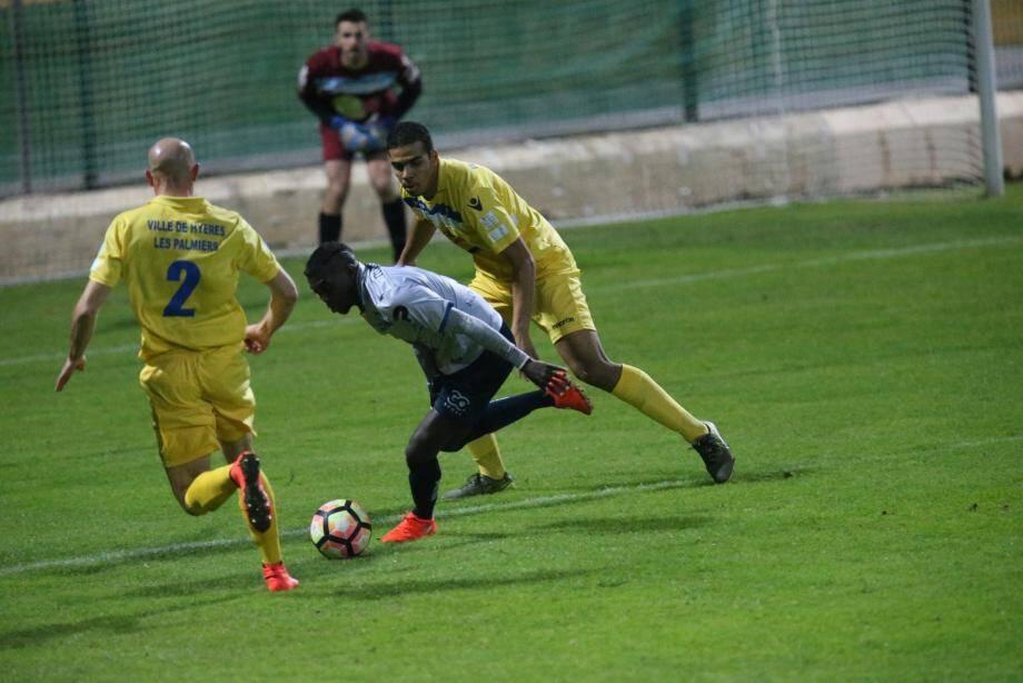 Le Sporting de David Gomis piétine encore, cette fois à Hyères.