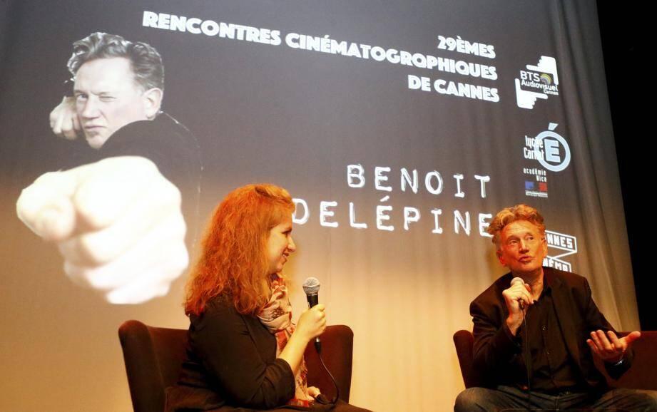 Benoît Delépine à Carnot : « J'espère qu'une nouvelle utopie va émerger de ce monde parvenu à sa caricature extrême avec, à sa tête, un milliardaire soutenu par l'empire pétrolier ».