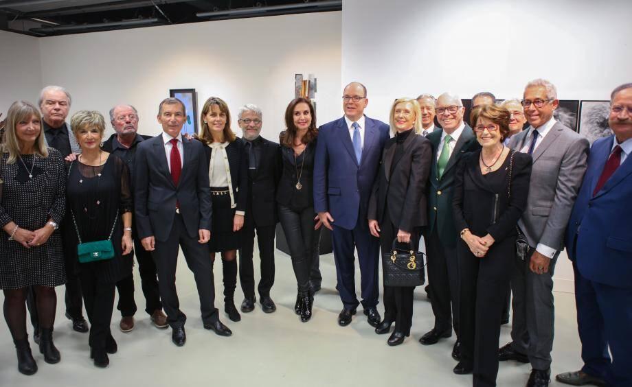 Le souverain a inauguré cette exposition qui rassemble le travail des membres du comité monégasque.