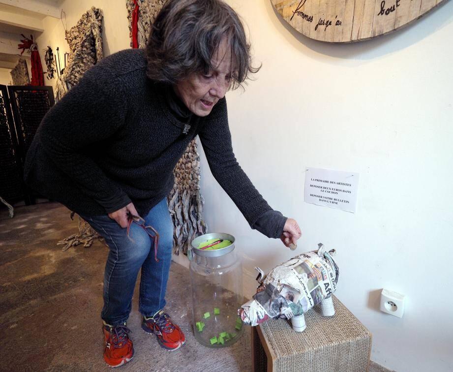 Comme Jacqueline Mattéoda, venez voter pour votre artiste vivant préféré, et pour animer le Haut-de-Cagnes !