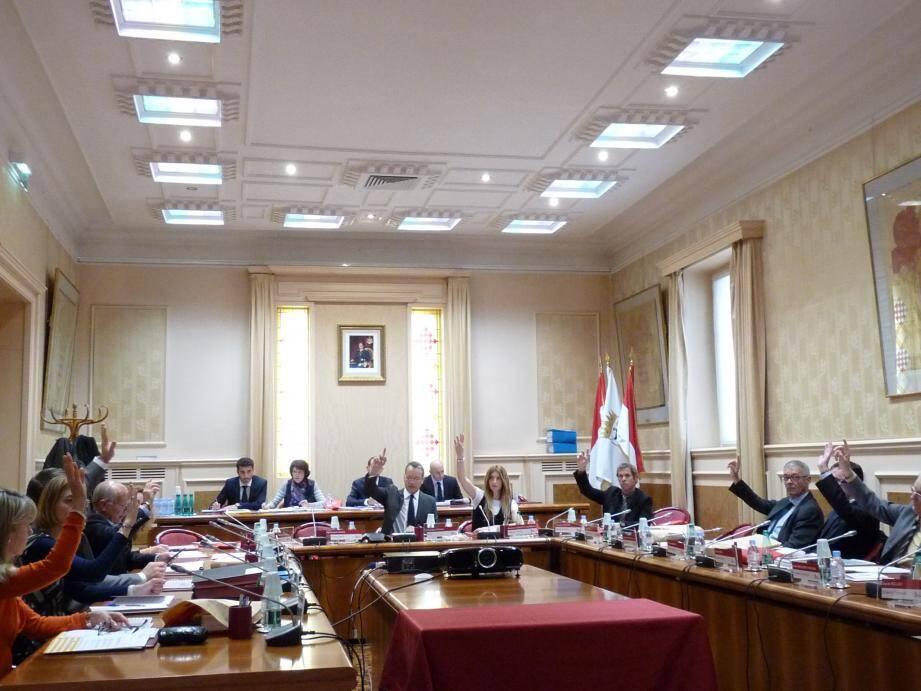 À l'occasion du vote du budget, la mairie a entériné la décision de créer une salle de sport municipale,  dans les locaux du stade nautique.