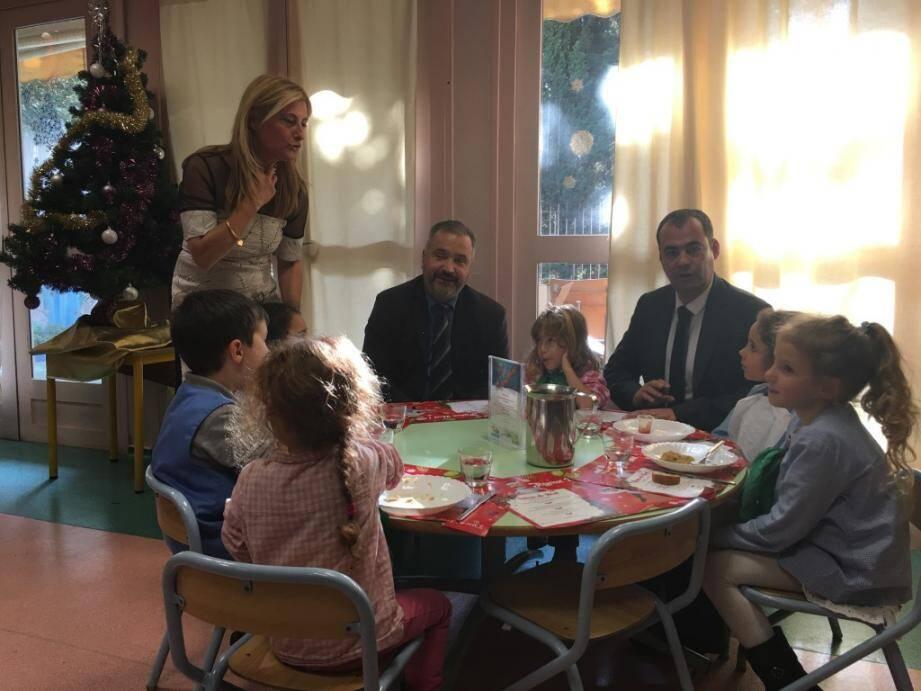 Des jouets ont été remis au centre Lacassagne.(Ph. DR)