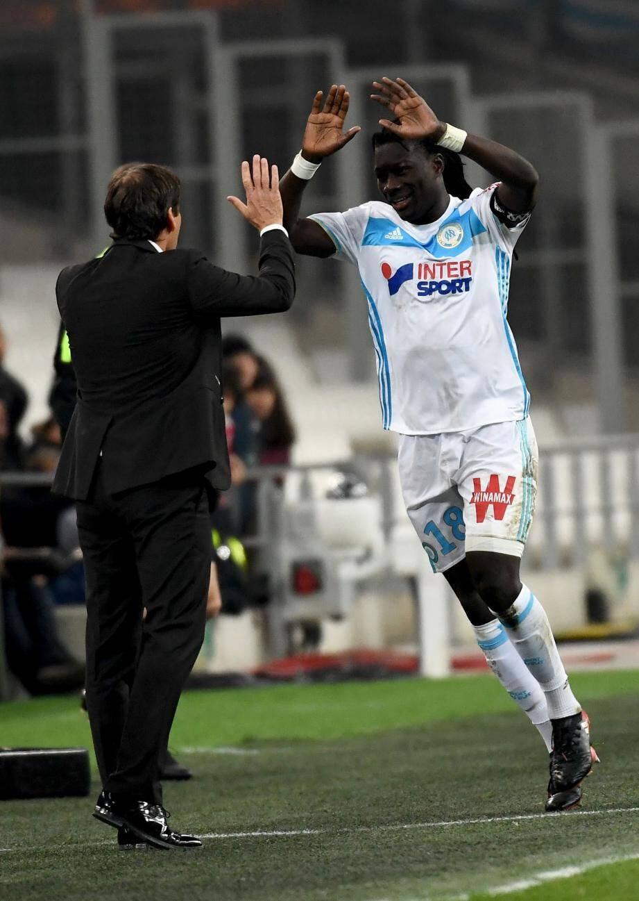Bafé Gomis et Rudi Garcia : l'OMvient de prendre dix points sur douze.