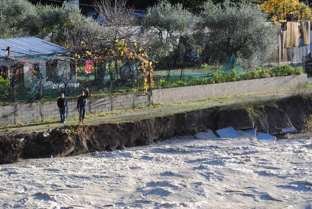 Les bords de l'Estéron lors de la crue de fin novembre.
