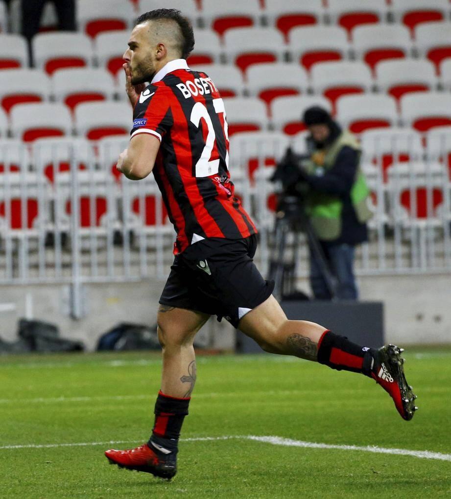 Alexy Bosetti (ici, après son but sur penalty contre Krasnodar) espère gratter du temps de jeu lors de la phase retour.