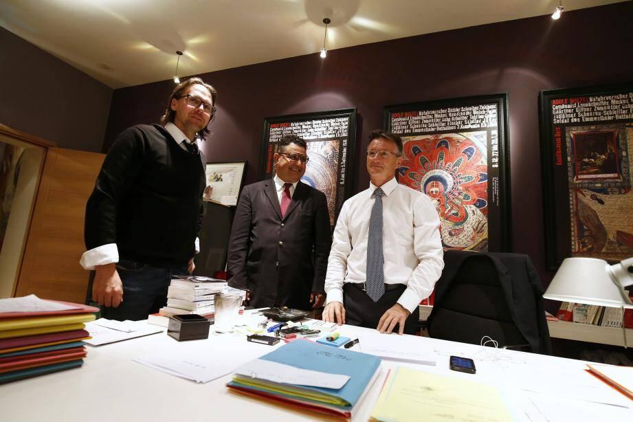 Laroussi Oueslati, entouré par ses avocats Mes Arnaud Lucien et Lionel Moroni, ont savouré leur « victoire judiciaire ».