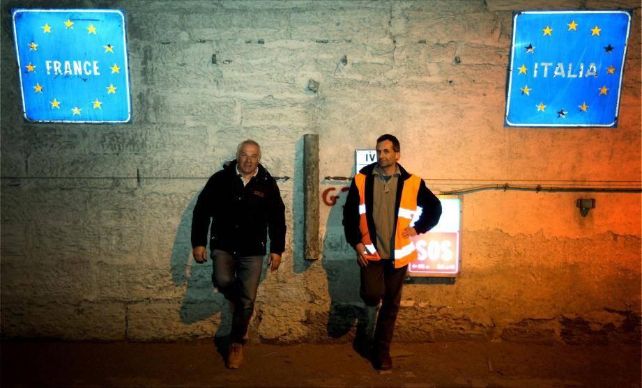 Le tunnel de Tende relie la France à l'Italie. Aussi la réflexion autour de ses aménagements ne peut-elle être faite qu'au niveau intergouvernemental.