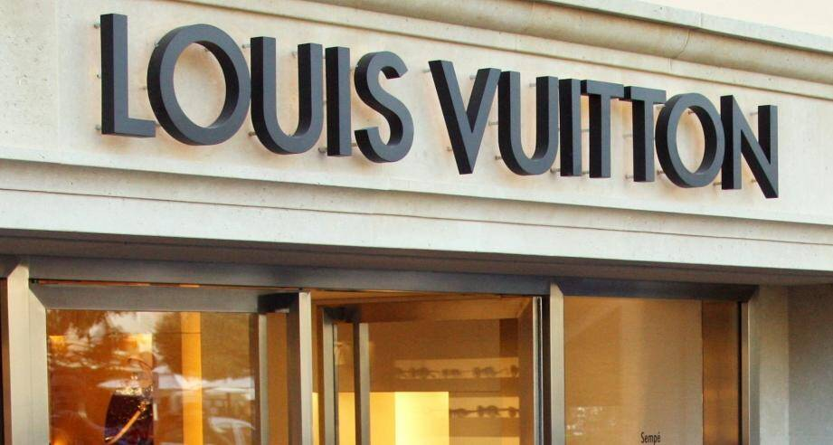 Image d'illustration d'une devanture du'une boutique Louis Vuitton.