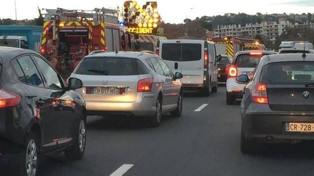 Illustration d'un accident sur l'A8.