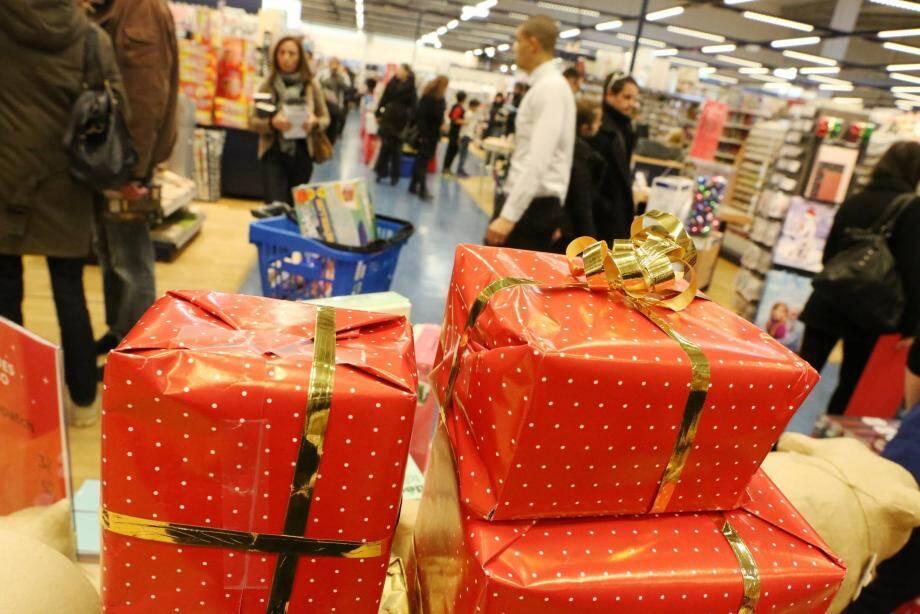 Avant Noël, les transactions par cartes bleues flambent.