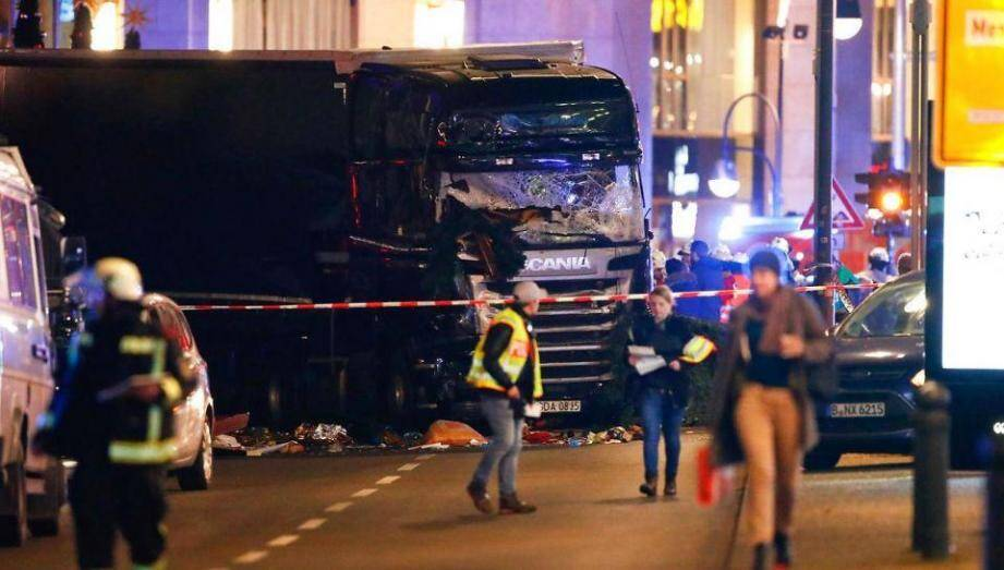 """""""Il pourrait être dangereux et armé"""", indique le parquet anti-terroriste allemand"""
