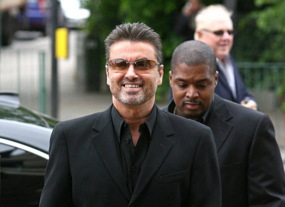 Le chanteur George Michael.