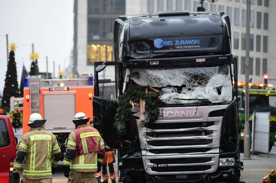 Le camion qui a foncé sur la foule dans un marché de Noël, à Berlin.