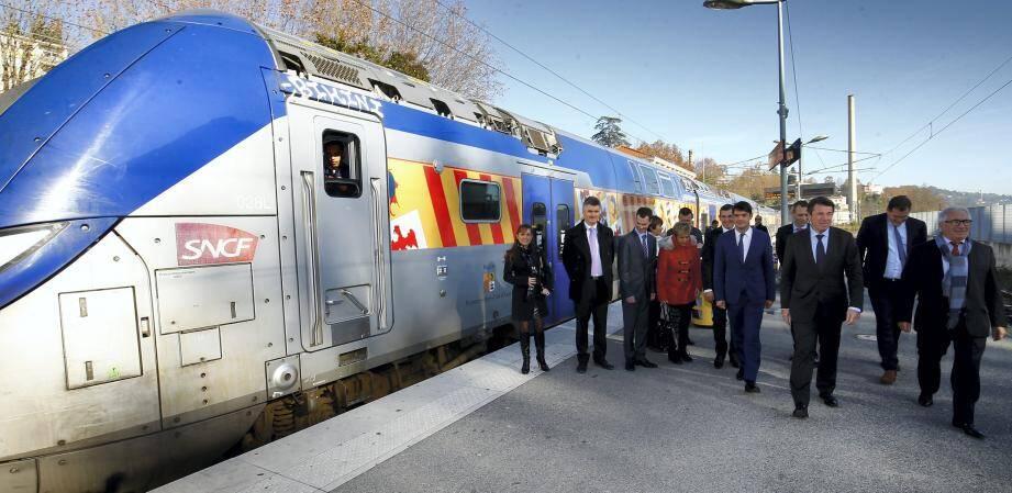 Le président de Région, Christian Estrosi était présent, hier matin, en gare de Grasse pour le lancement des travaux de la ligne Cannes-Grasse en présence de nombreux élus locaux et du sous-préfet de Grasse, Philippe Castanet.