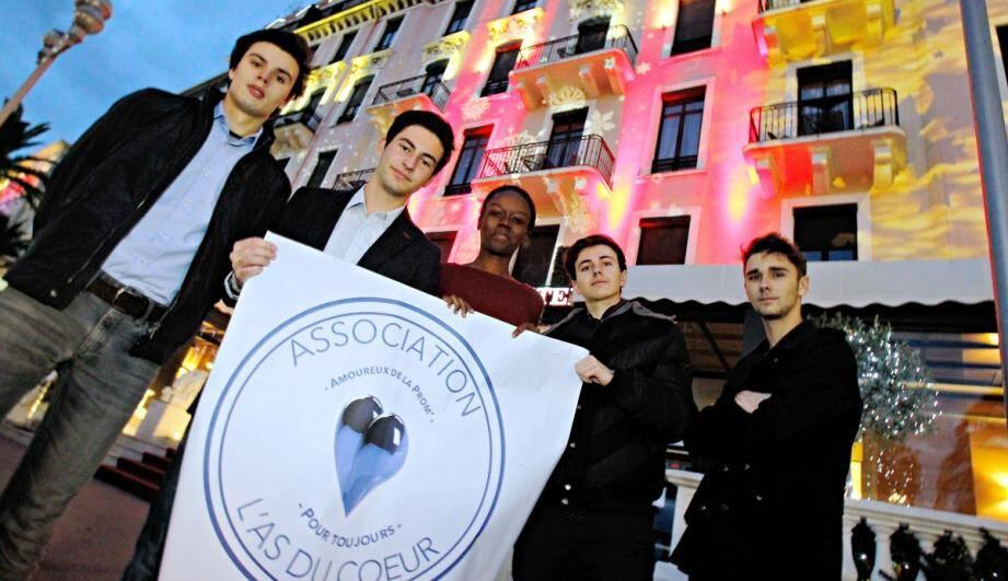 L'association l'As du Cœur fait campagne pour un monument aux victimes des attentats de Nice.