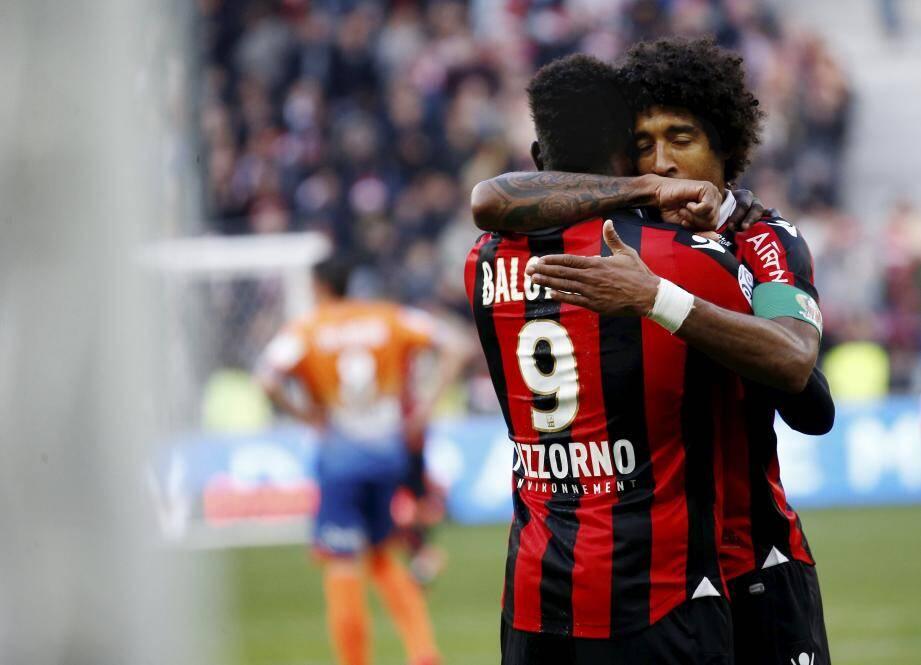 Malgré sa blessure vers la fin du match, Dante a régalé le public et livré une haute prestation face à Dijon à domicile