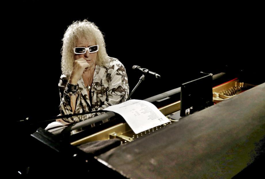 Michel Polnareff lors de son concert à Nice, le 8 novembre.