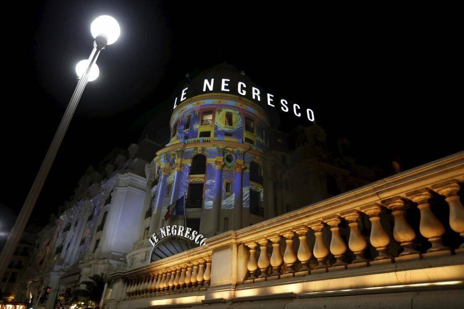 L'hôtel Negresco brille de mille feux.