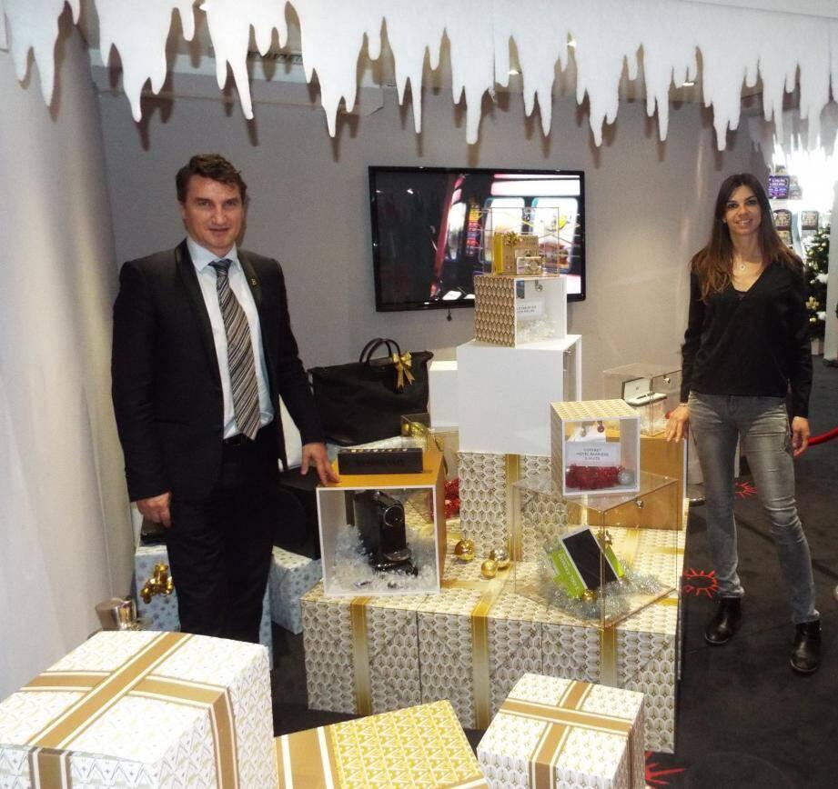 Le directeur du Casino Barrière, Olivier Bader, et sa chargée de communication, Marion Monico.
